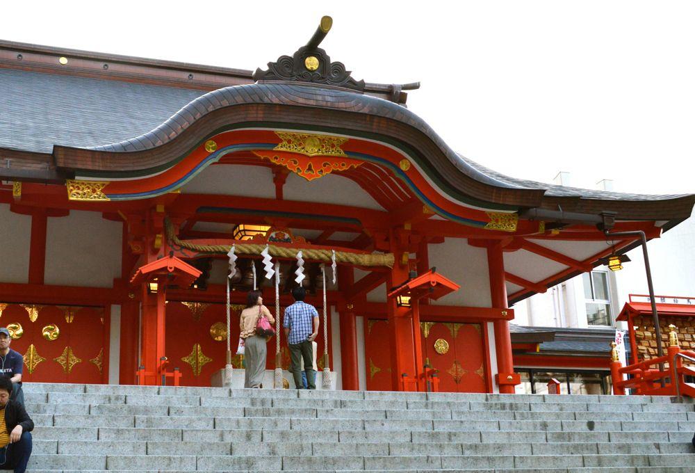 新宿花園神社拜殿