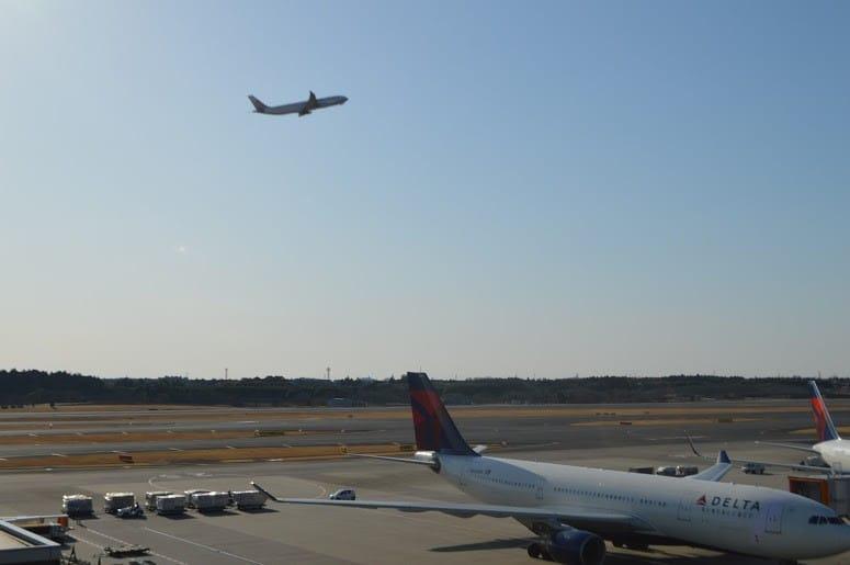 成田空港飛行機