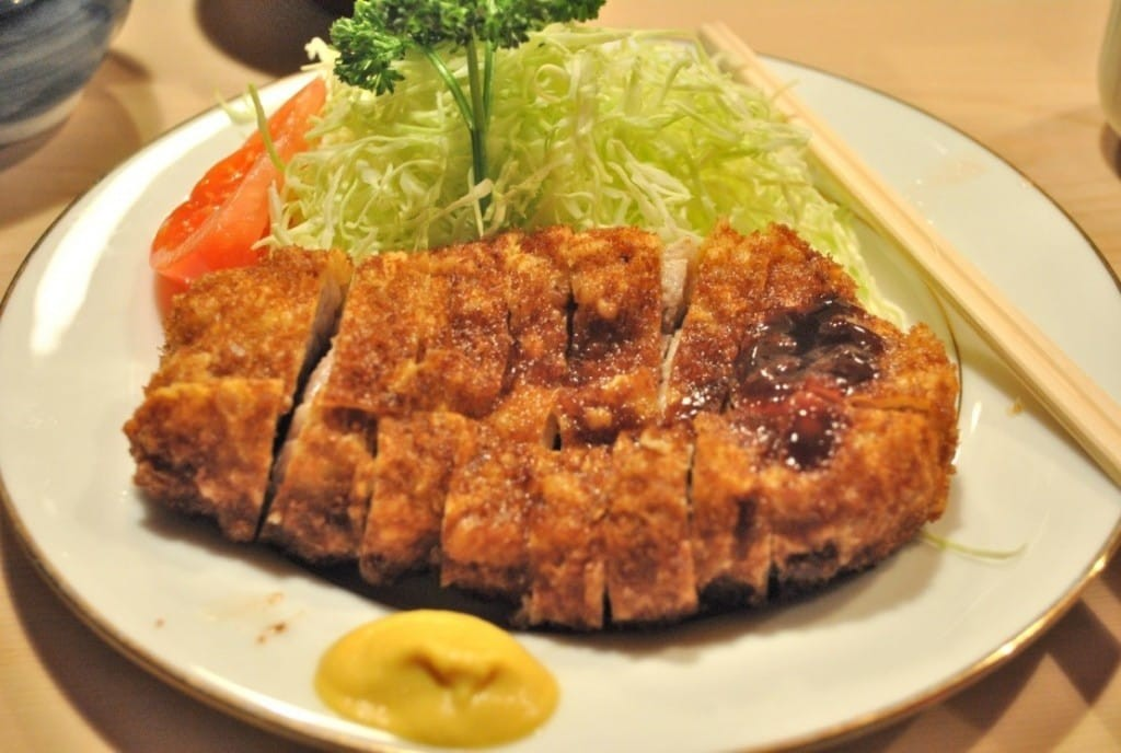 An Introduction To Tonkatsu , The Japanese Dish You Just ...