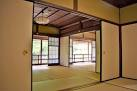Prior to the seventh century Japanese houses did not have structural iders in rooms and used screens in order to create a separation of the space. & Fusuma (Sliding Doors) - Japanese Encyclopedia | MATCHA - JAPAN ...