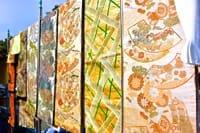 京都・東寺 弘法市 — 毎月21日にだけ開かれる市場で、掘り出し物探そう!