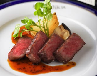 霜降り肉からラーメンまで、徳島で味わうべき絶品グルメ5選
