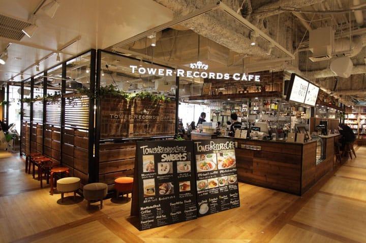 """Tersedia Wifi dan Charging Station! Kafe Besar di Shibuya, """"Tower Records Café"""""""