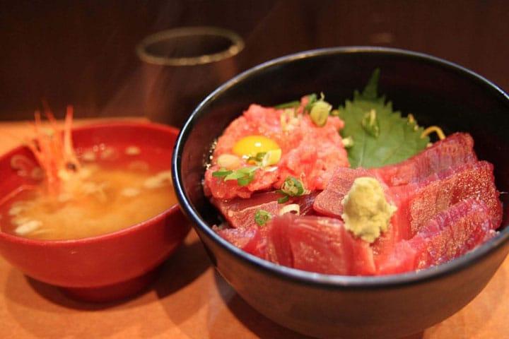 【築地.美食】滿足想要吃海鮮的期待,滿出來的海鮮美味:「又こい家 總本店」