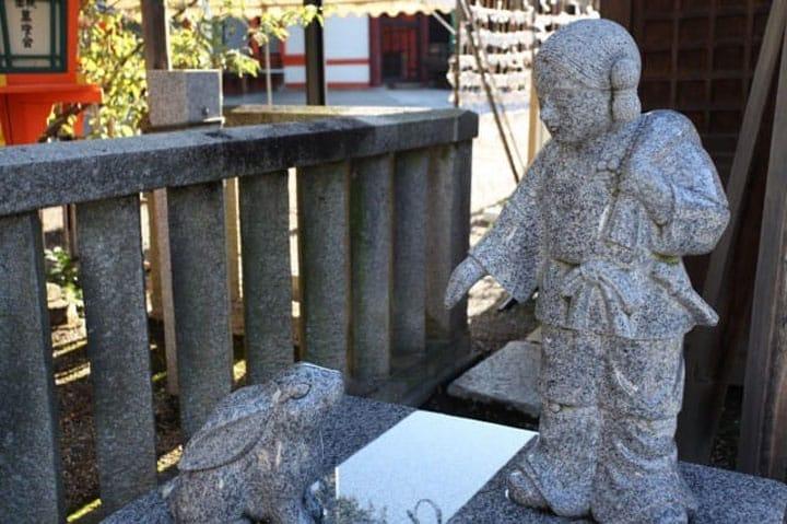 Temukan Kekuatan Cinta Terbesar di Kuil Yasaka, Kyoto