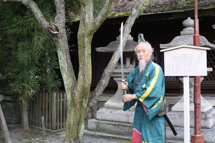 ラストサムライが京都を案内! 日本一ユニークな英語ツアーとは