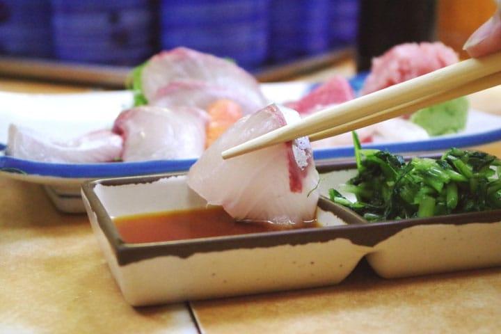 Fresh sashimi for lunch at Sakanatei in Shimbashi