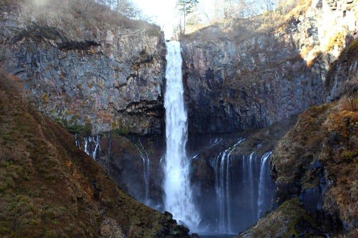 Merasakan Keindahan Air Terjun Kegon, Satu dari Tiga Air Terjun Terkenal di Jepang
