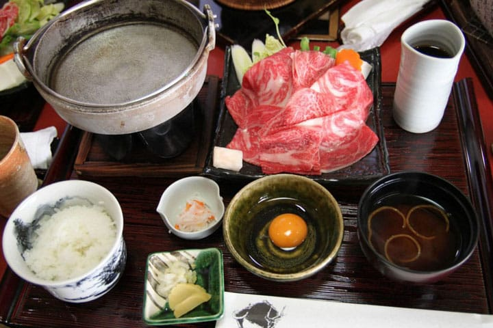A Japanese Cuisine Staple: How To Eat Sukiyaki