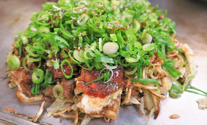 Satisfaction Guaranteed! Enjoy Hiroshima-Style Okonomiyaki