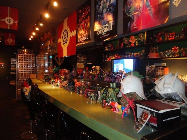 "Enter the World of Gundam at ""Dining Bar SOLOMON"" in Fukuoka"