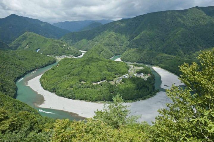Kizuro, Bentang Alam Spektakuler dan Tersembunyi di Prefektur Mie