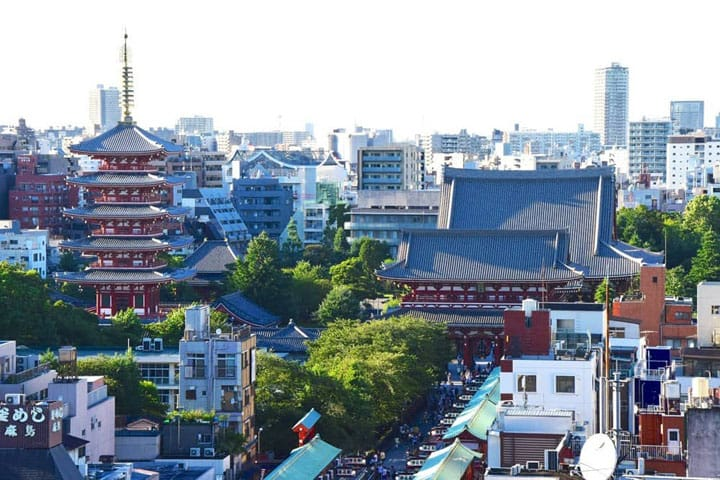5000 Yen Plan For An Asakusa Stroll - Kimono and Sake Included!