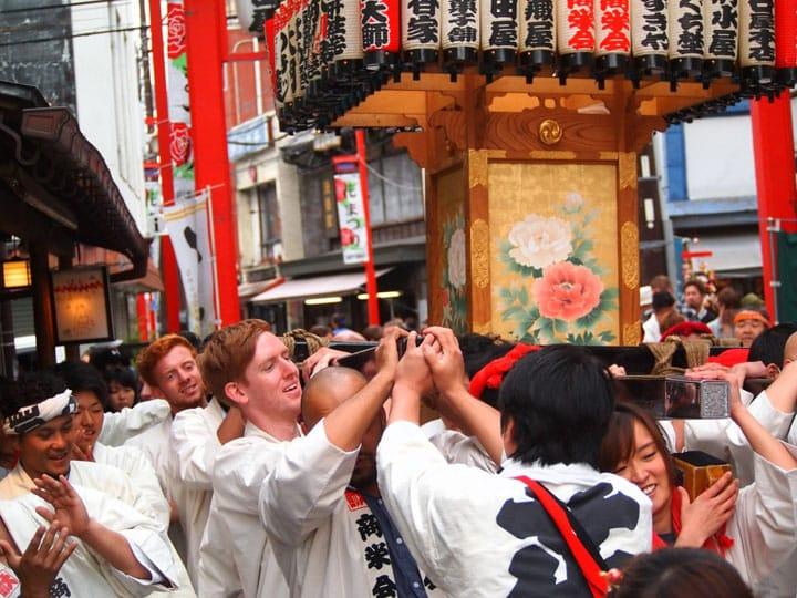 EMBLEM Hostel Nishiarai: A Bond Between Travelers And Locals