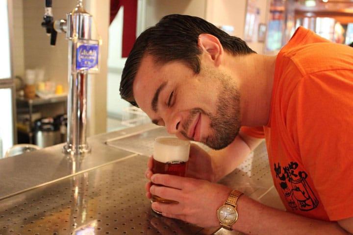 博多駅から1駅!出来たてビールを試飲できる「アサヒビール博多工場」