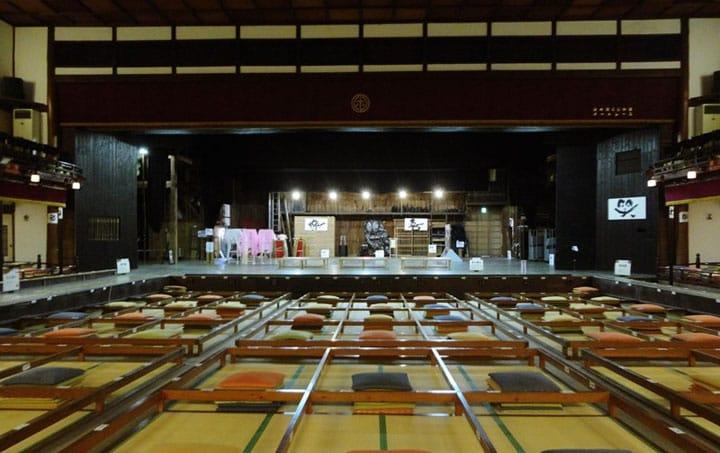 開業1931年。日本の舞台芸能の真...