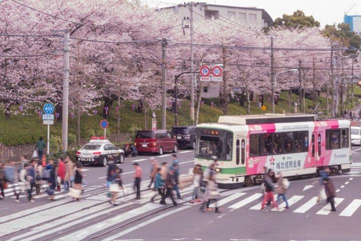 Nostalgic Tokyo - A Street Car Ride on Toei Arakawa Line