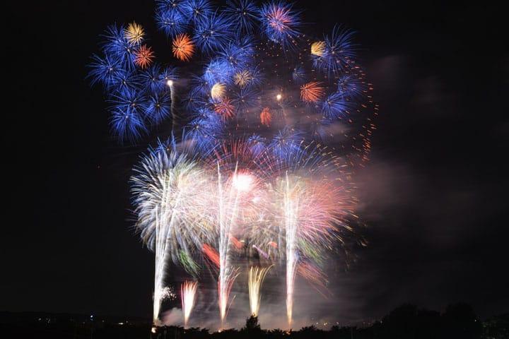 関東の夏の夜を楽しむ都内近郊花火大会5選