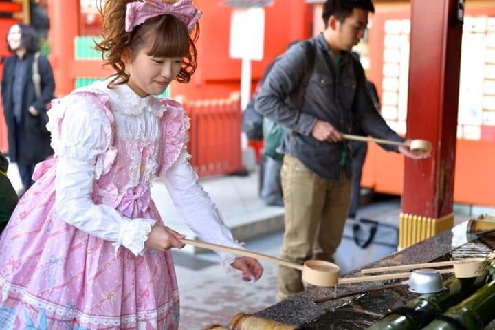Chozu – Cómo Purificarte Antes de Visitar un Santuario