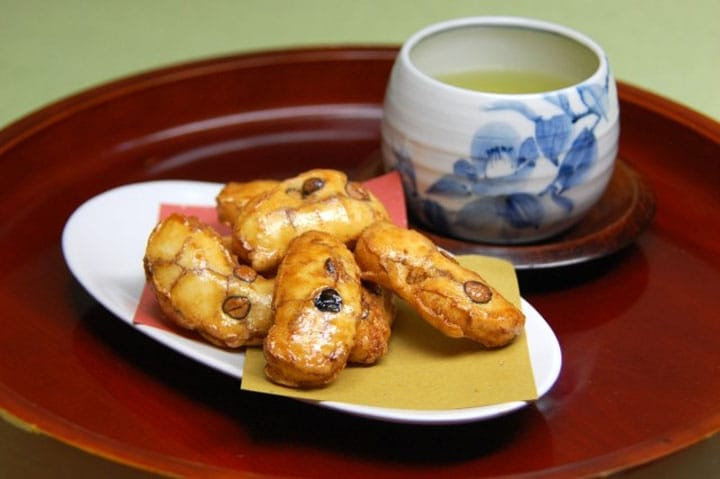 Japanese Encyclopedia: Senbei (Rice Crackers)