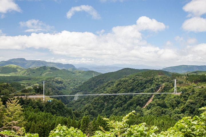 Oita's Kokonoe 'Yume' Suspension Bridge: The Highest In Japan