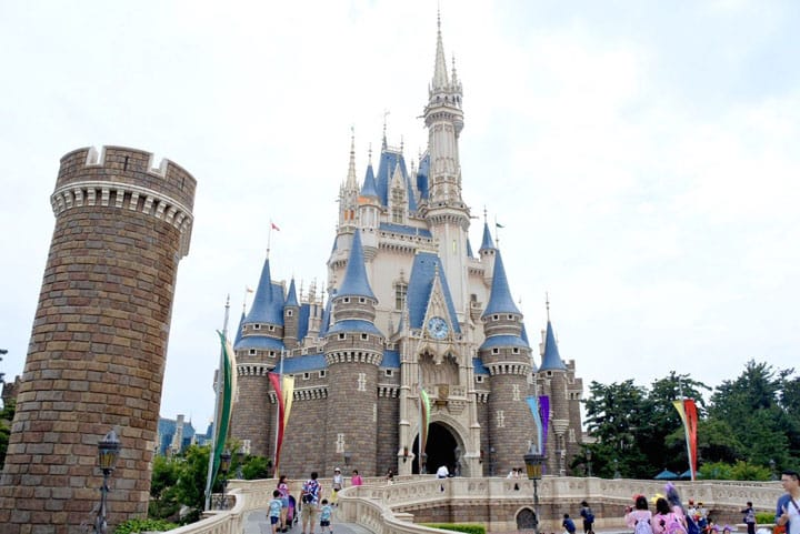 A Beginner's Guide To Tokyo Disneyland