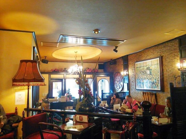 【SHITAMACHI】旅のスタートに最適!浅草の純喫茶「ローヤル珈琲店」で頂く朝ごはん