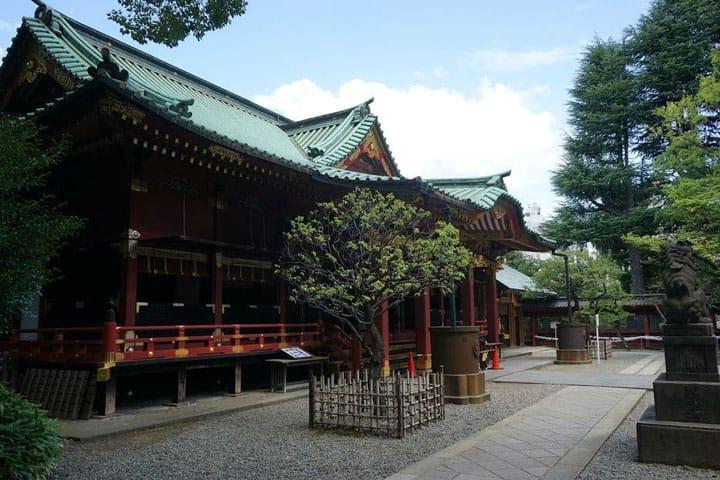 Nezu Shrine, Tokyo - A Beautiful Shrine In A Green Oasis