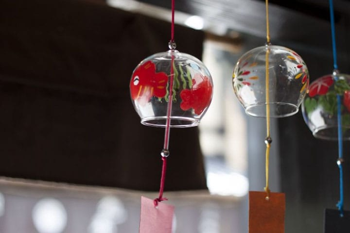 Japanese Encyclopedia: Furin (Wind Chimes)