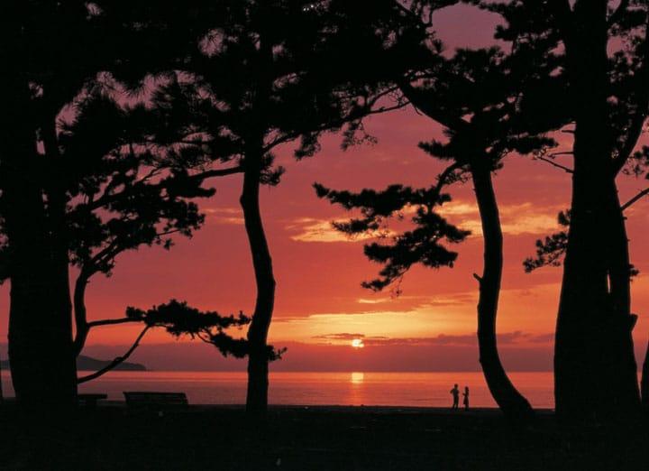 5 bãi biển ở Kansai có thể ngắm cảnh tuyệt đẹp