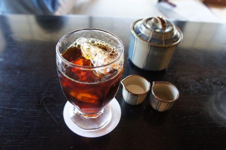 「アイスコーヒー」を試してみよう。日本のコーヒー文化の楽しみ方