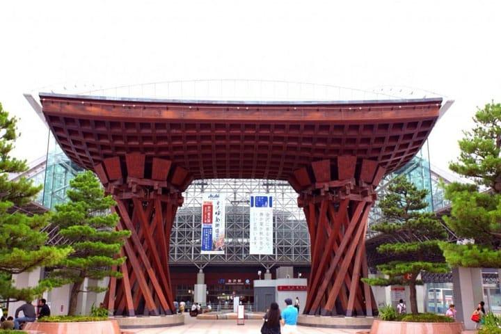 兼六園など歴史ある観光スポットが魅力。金沢のエリアガイド