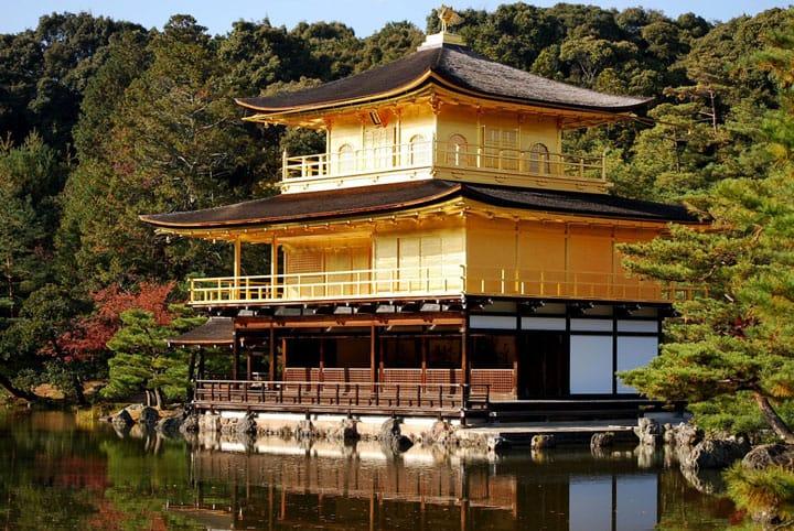 京都に来たら訪れるべき観光名所13選(金閣寺、龍安寺他)