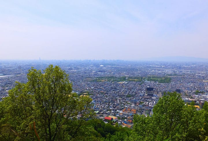 기분만은 천하를 통치한 사무라이! 오사카 이이모리산 성터에서 역사에 잠기다