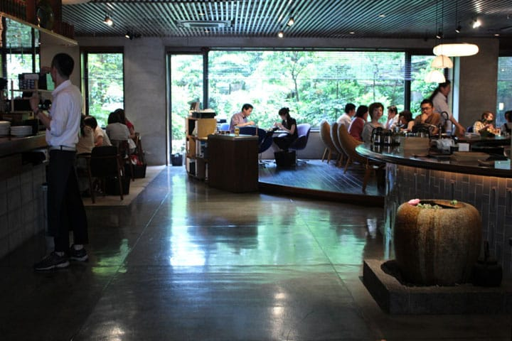 Stay Comfortable Inside 4 Cosy Cafes And Bars In Kyoto And Osaka