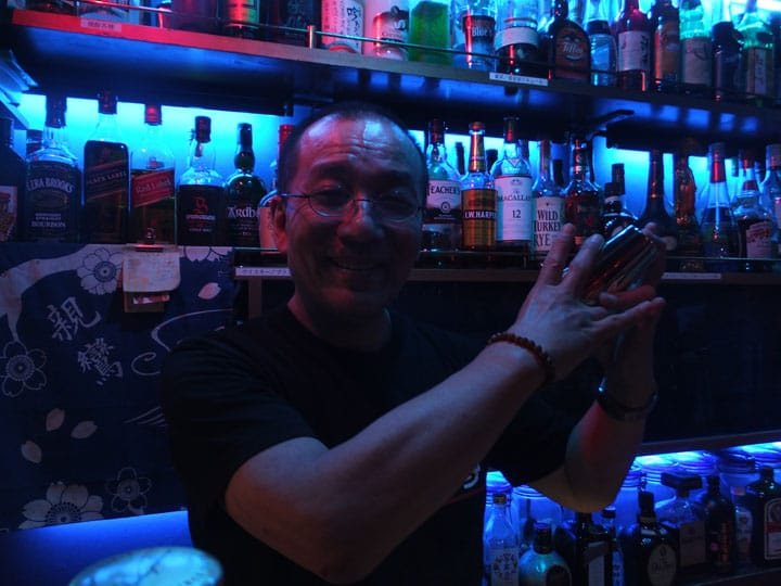 Nakano Vow's Bar: Buddhism Night Refuge in Nakano
