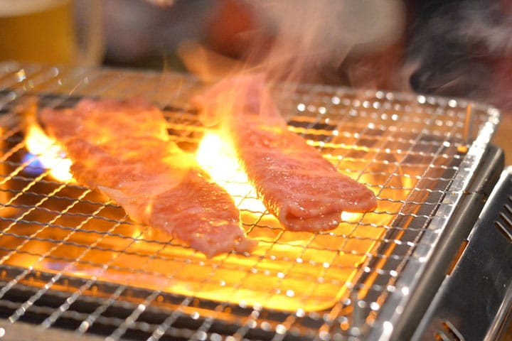 Yakiniku Restaurant DOGEN in Shibuya - Savor Juicy Grilled Beef Belly