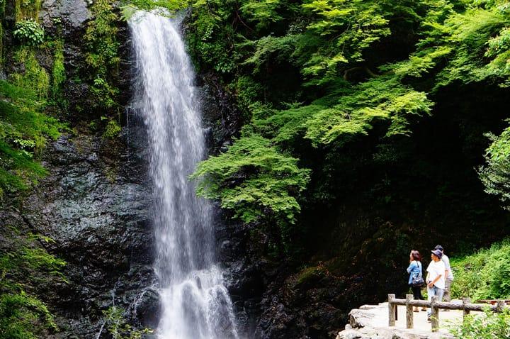 Minoo Waterfall - A Place Of Scenic Beauty Near Osaka