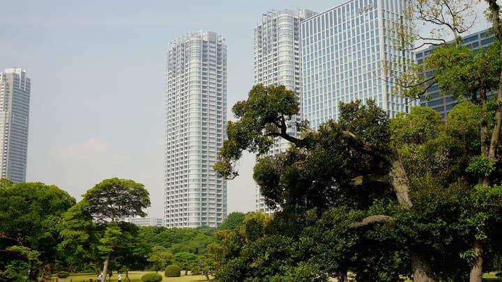 일본 정원×근대 도시의 경관이 일본을 방문한 외국인에게 먹히다!하마 리큐 은사 정원(浜離宮恩賜庭園)의 매력은?