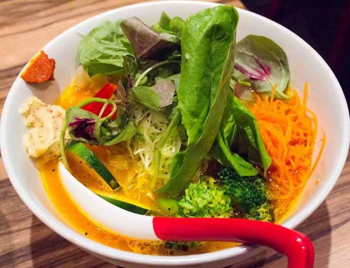 Mencicipi Ramen Vegetarian di Kojimachi