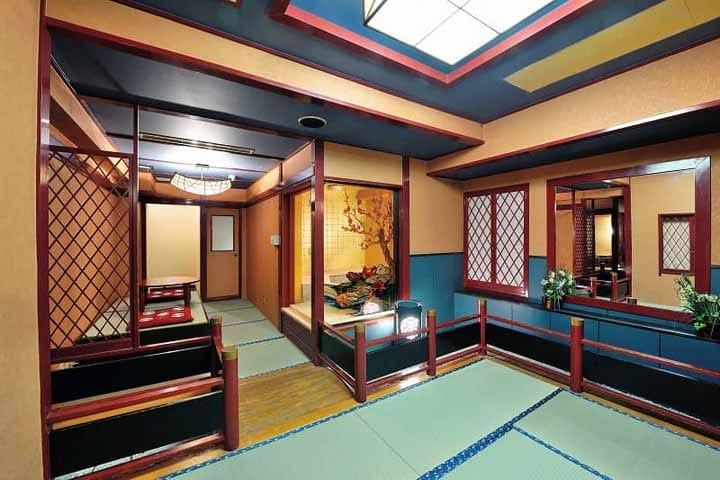 Khaosan, Asakusa, Tokyo: A Renovated Love Hotel!