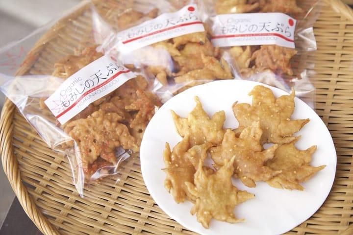 えっ、葉っぱを食べるの!? 大阪・箕面の名物「紅葉の天ぷら」とは