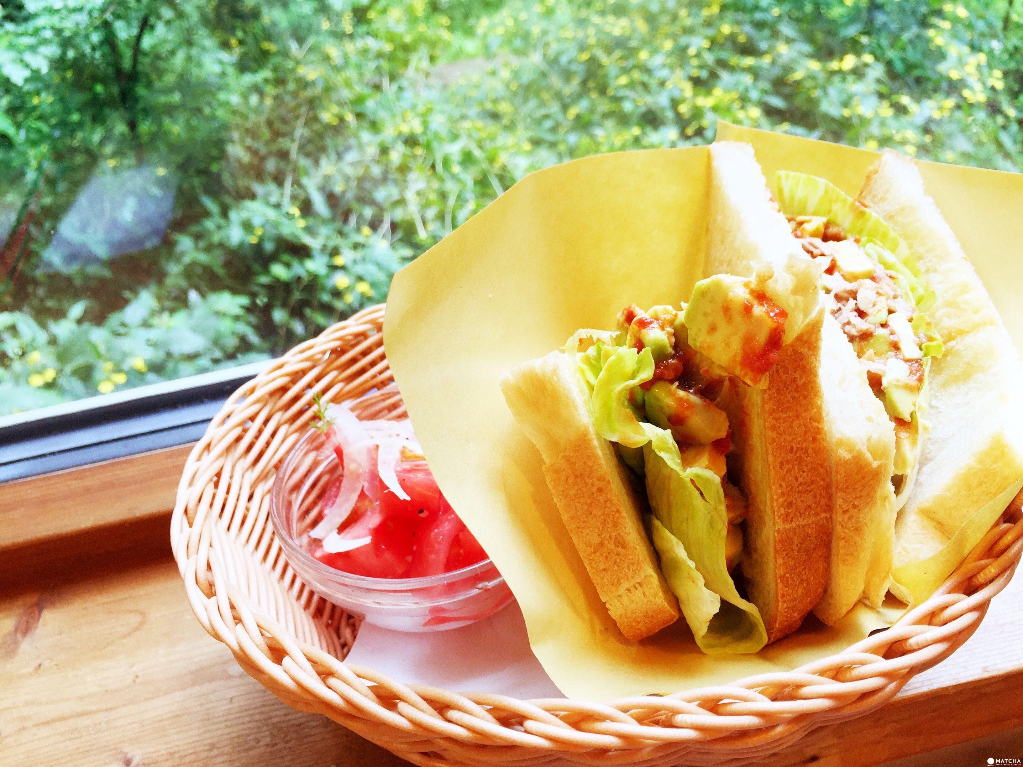 「北海道 美瑛」只要五百元 就能在森林內享受手工漢堡「PICNIC」