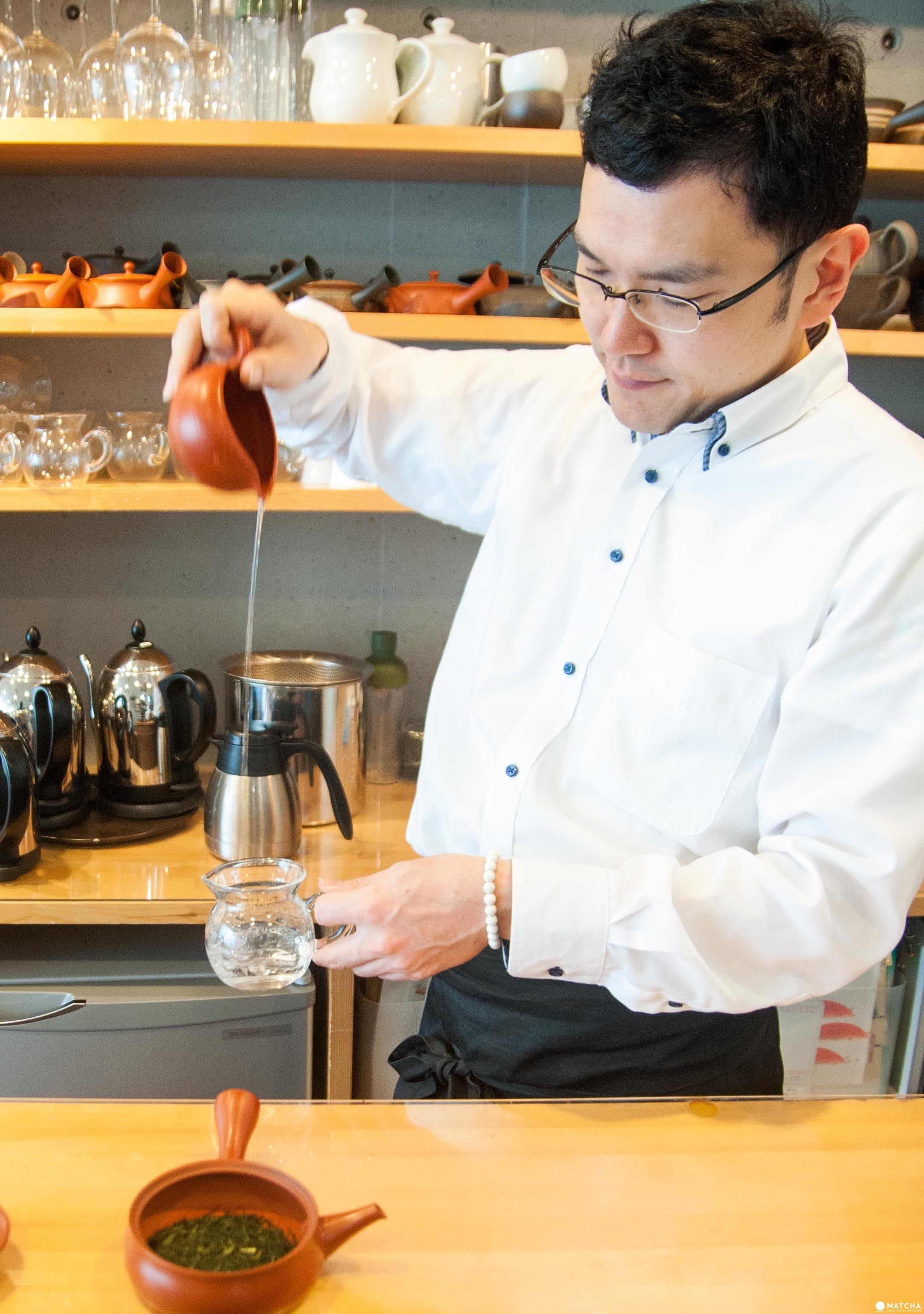 在表參道品茶享甜慢聊的空間:茶茶の間