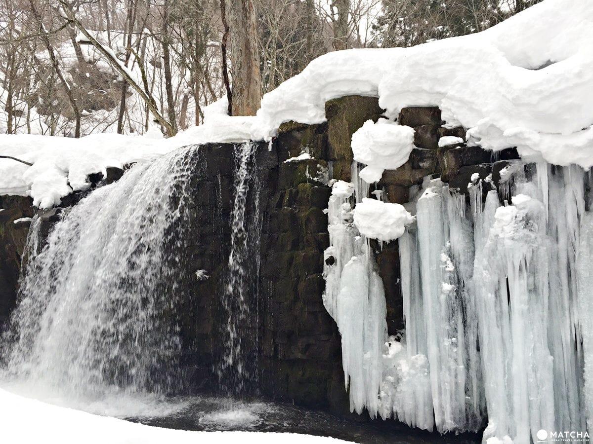 冰瀑,南瓜,有時還有煙火,青森十和田冬季一日行程推薦