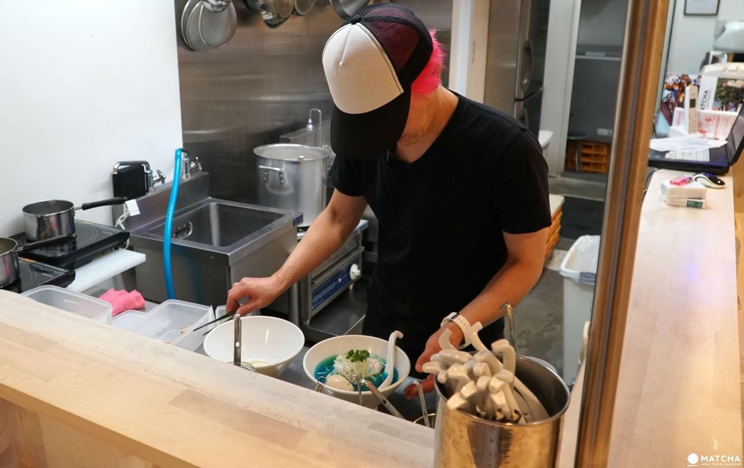 Kipposhi - The Worlds Only Blue Ramen In Tokyo