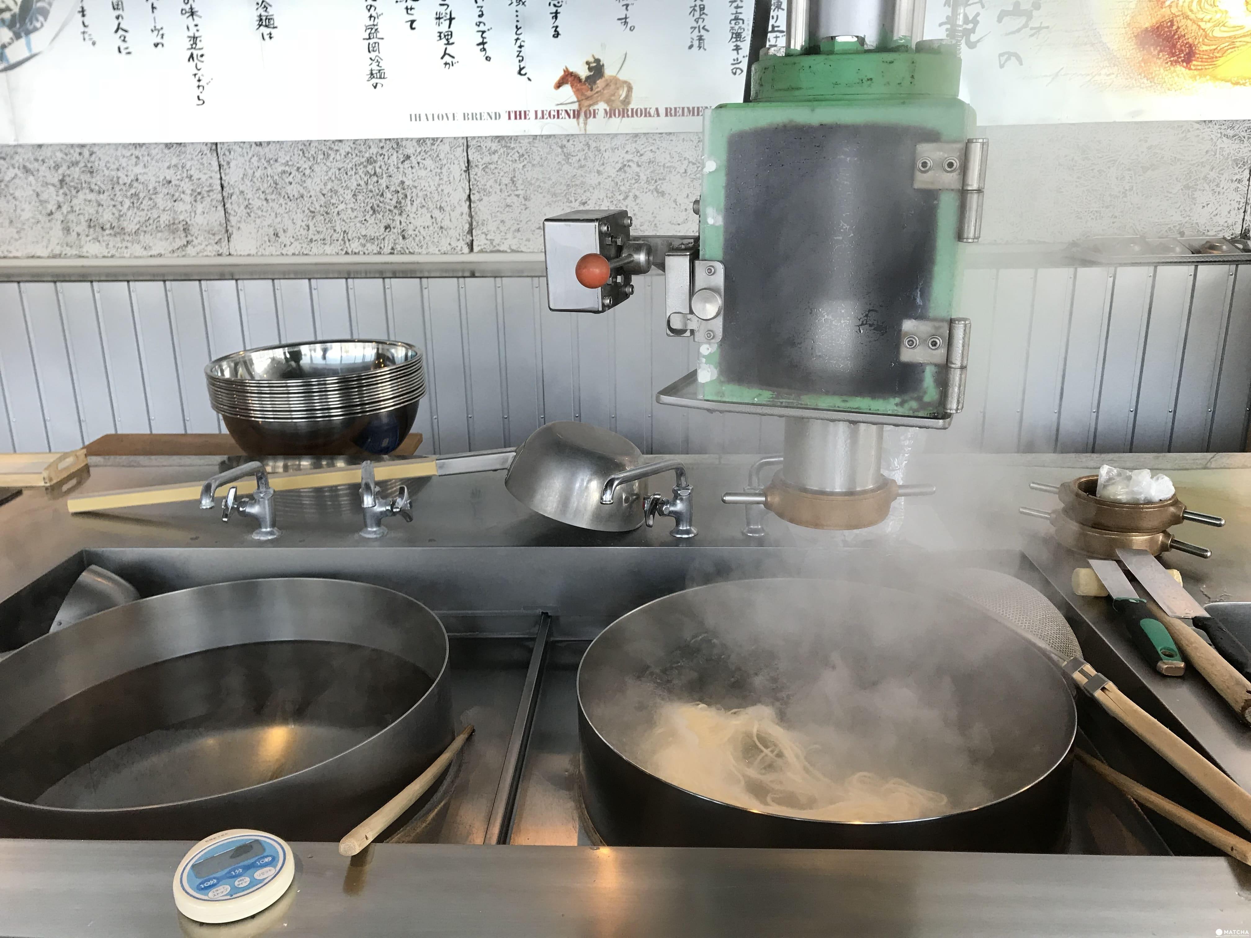 盛岡手工藝村製作冷麵