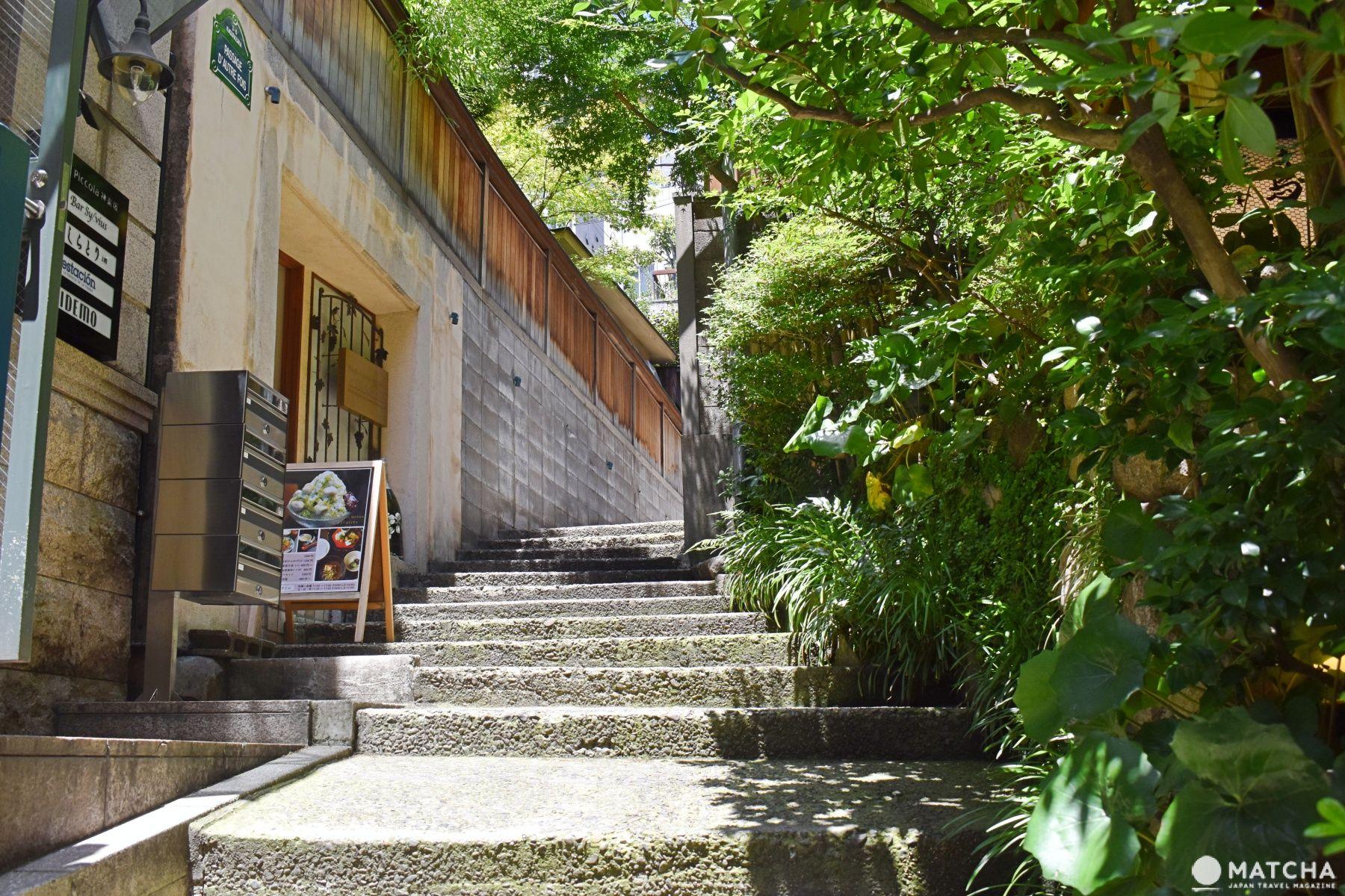 Kagurazaka Stroll - 12 Places You Should Drop Into ...  Kagurazaka Stro...