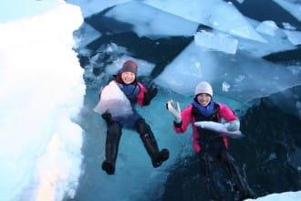 <div class='captionBox title'>冬天來日本做什麼?滑雪、雪上摩托車還有欣賞雪景!</div>