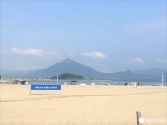 <div class='captionBox title'>【福井高濱】這才叫清澈!在世界認證的藍旗海灘愜意體驗煙火點燈</div>